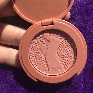 "Tarte mini Amazonian clay 12-hr blush: ""paaarty"""